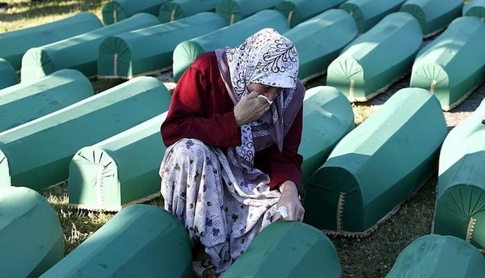 Srebrenicako hilketen «erantzule partziala» dira Herbehereak