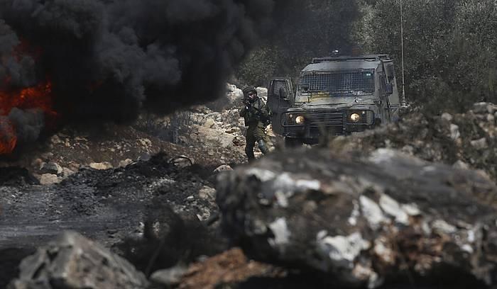 Nablus hegoaldean hil dute palestinarra. ©ALAA BADARNEH / EFE
