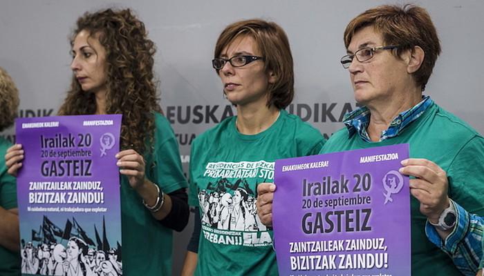 Manifestaziorako deialdia egin zuten atzo, ELAren egoitzan. ©Aritz Loiola / Argazki Press