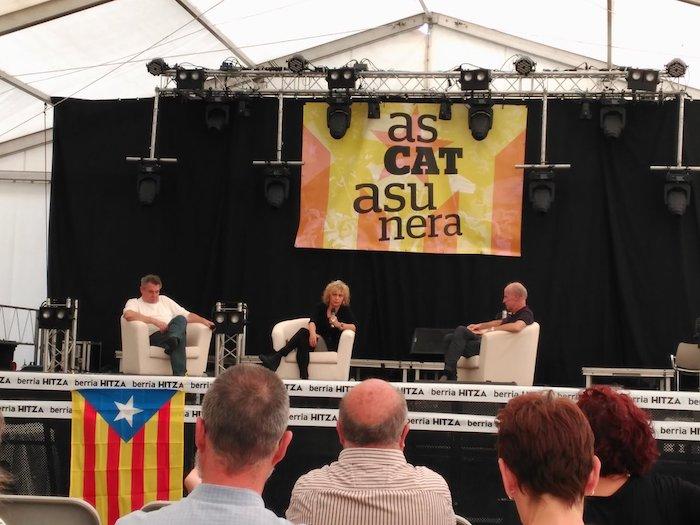 Kataluniari buruzko solasaldia AsCatasunera plataformak antolatuta. / ©BERRIA