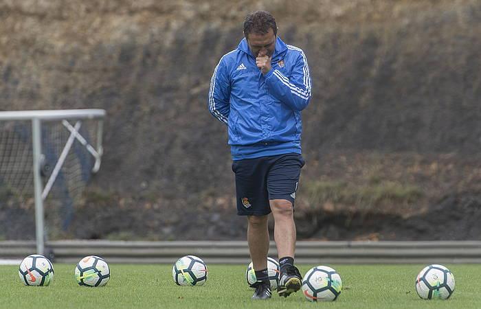 Eusebio Sacristan Realeko entrenatzailea, pentsakor, Zubietan. / ©Andoni Canellada, Argazki Press