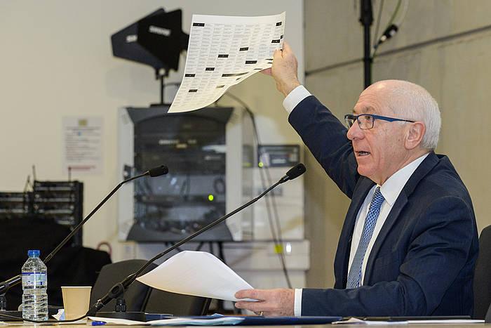 Jean Rene Etxegarai Euskal Elkargoko presidentea, aurreko batzar batean. / ©Isabelle Miquelestorena