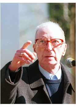 Martin Ugalde (1921-2004)