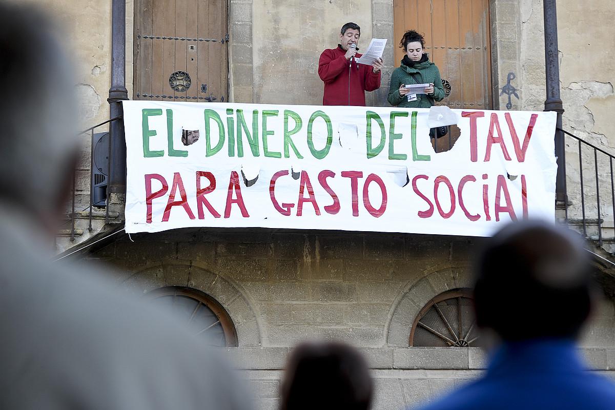 AHTaren kontrako protesta bat, Tafallan.