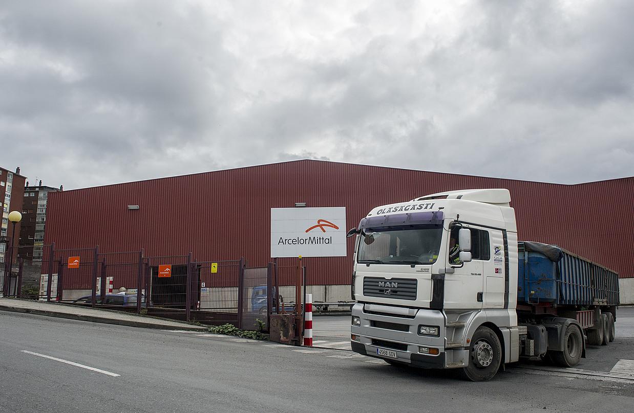 ArcelorMittalen Zumarragako lantegia, joan den astean. ©GORKA RUBIO / ARGAZKI PRESS