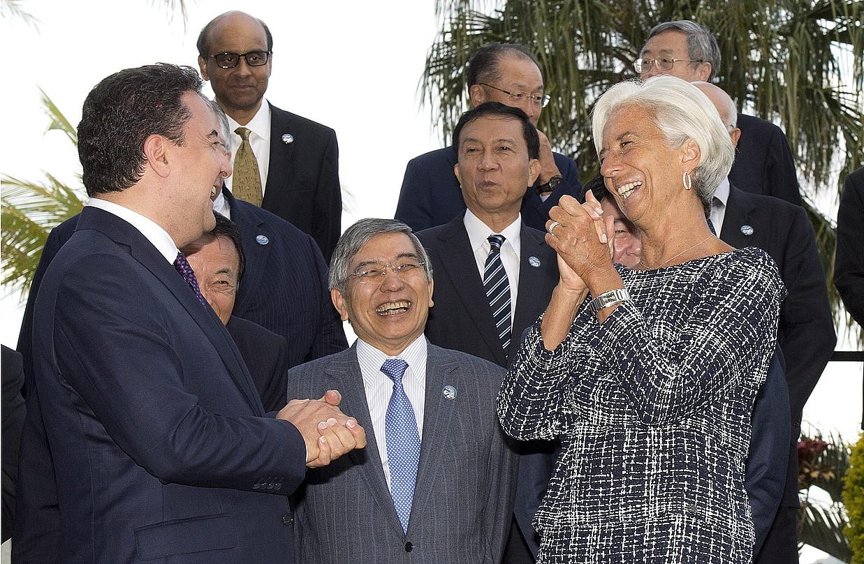 Christine Lagarde NDFko zuzendaria, eskuinean, G20ko Finantza ministroen goi bileraren hasieran. ©DAVE HUNT / EFE