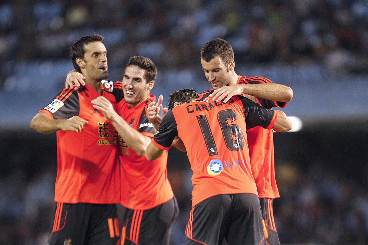 Xabi Prieto, Zaldua, Canales eta Agirretxe, Celtari sartutako bigarren gola ospatzen. ©SALVADOR SAS / EFE