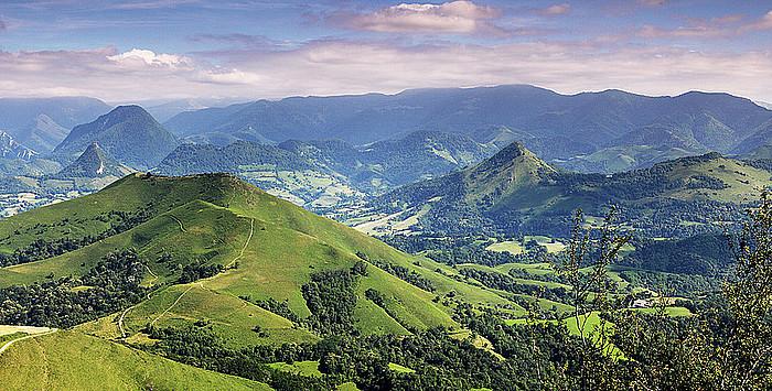 Mauletik Madalenako ermitara bidean ikus daitekeen paisaia ederretako bat. ©GORKA LOPEZ
