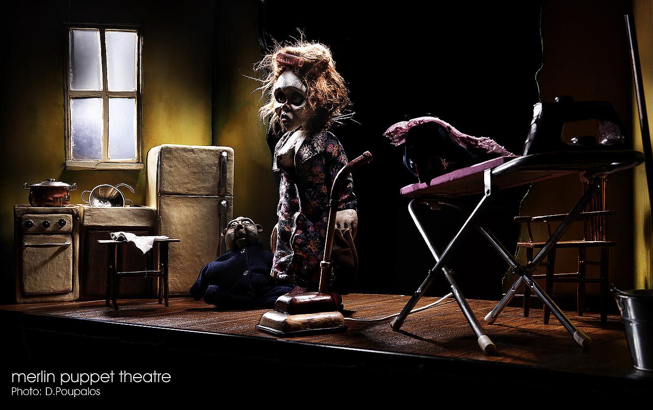 Greziako Merlin Puppet Theatre taldearen <em>Clown's Houses</em> ikuskizuna. &copy;DIMITRIS POUPALOS