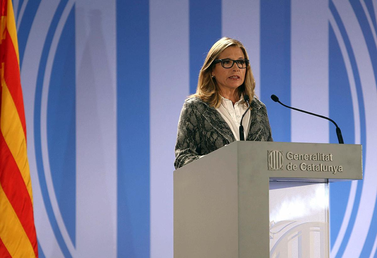 Ortega presidenteordea, azaroaren 9an, parte-hartze prozesuaren nondik norakoei buruzko azalpenak ematen. ©TONI ALBIR / EFE