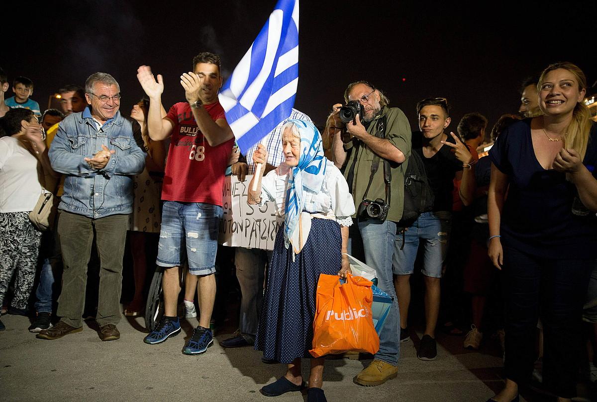 Garoñaren behin betiko itxiera eskatzeko manifestazioa Gasteizen, 2013an, zentralaren ustiapen baimena amaitu ondoren. ©RAUL BOGAJO / ARGAZKI PRESS