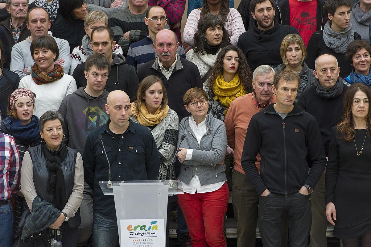 Eskualdeko 150etik gora herritarrek parte hartu zuten atzo egitasmoaren aurkezpenean. / JUANAN RUIZ / ARGAZKI PRESS