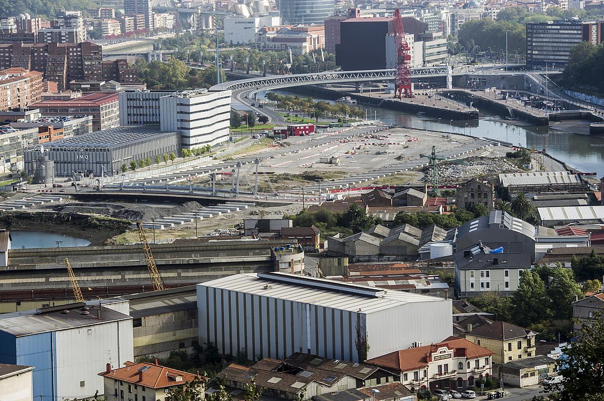 Kanala irekitzeko obren egoera, atzo egindako argazki batean. ©MARISOL RAMIREZ / ARGAZKI PRESS