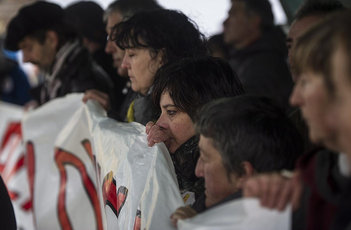 Altsasuko gertaeren harira atxilotutakoen senideak, larunbatean egindako manifestazioan. ©JAGOBA MANTEROLA / ARGAZKI PRESS