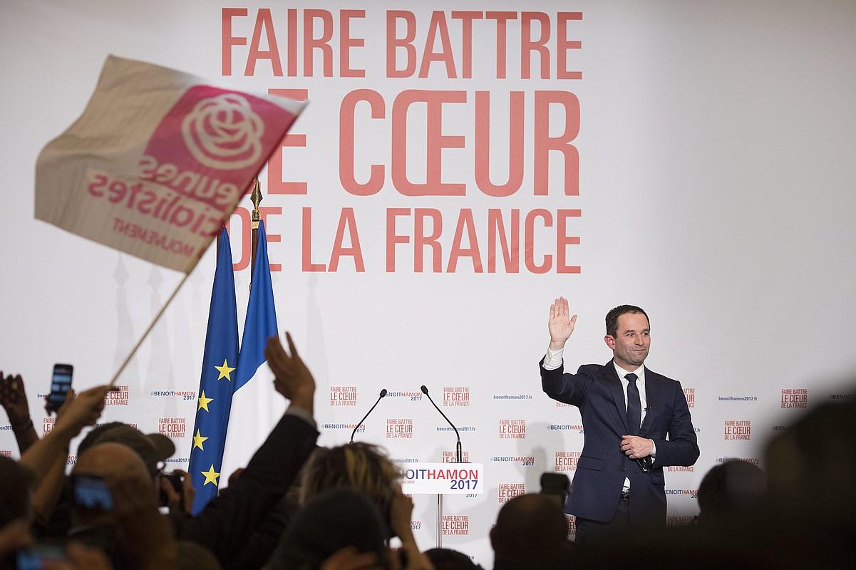 Bereziki gazteei mintzatu da Hamon Frantziako lehendakari hautagaia PSko primarioen emaitzen ondotik eginiko diskurtsoan. ©JEREMY LEMPIN / EFE