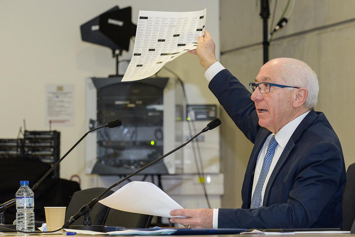 Jean Rene Etxegarai presidentea, atzo, Euskal Elkargoaren bigarren biltzar nagusian. ©ISABELLE MIQUELESTORENA
