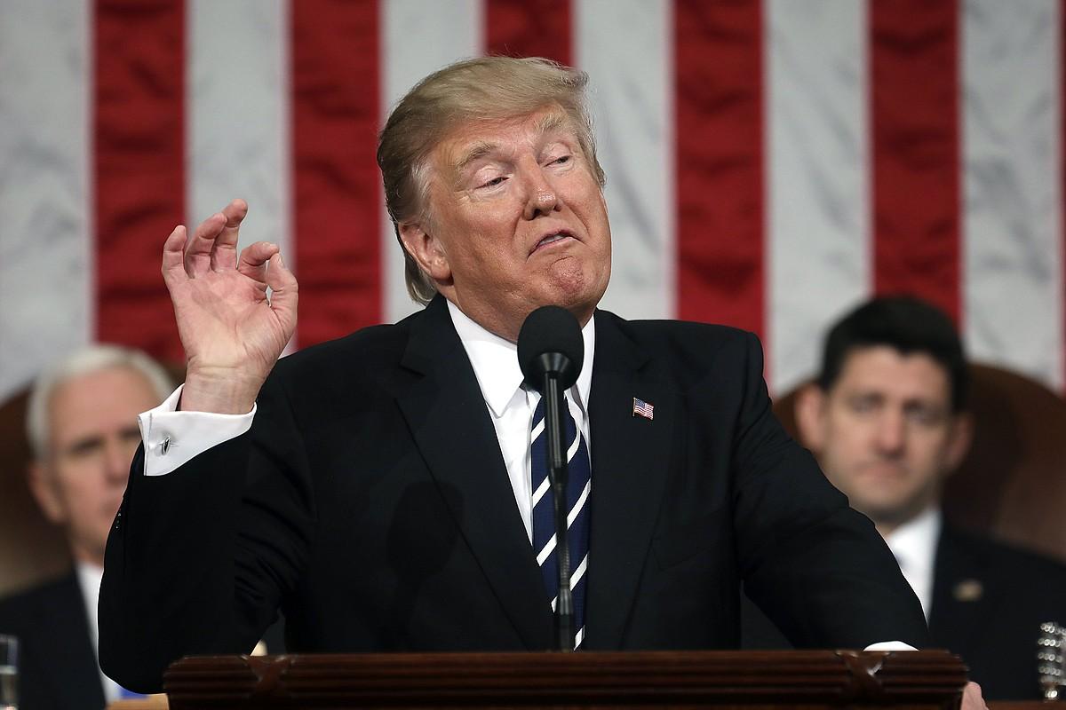 Donald Trump, Kongresuan emandako lehen hitzaldian, herenegun gauean. ©JIM LO SCALZO / EFE
