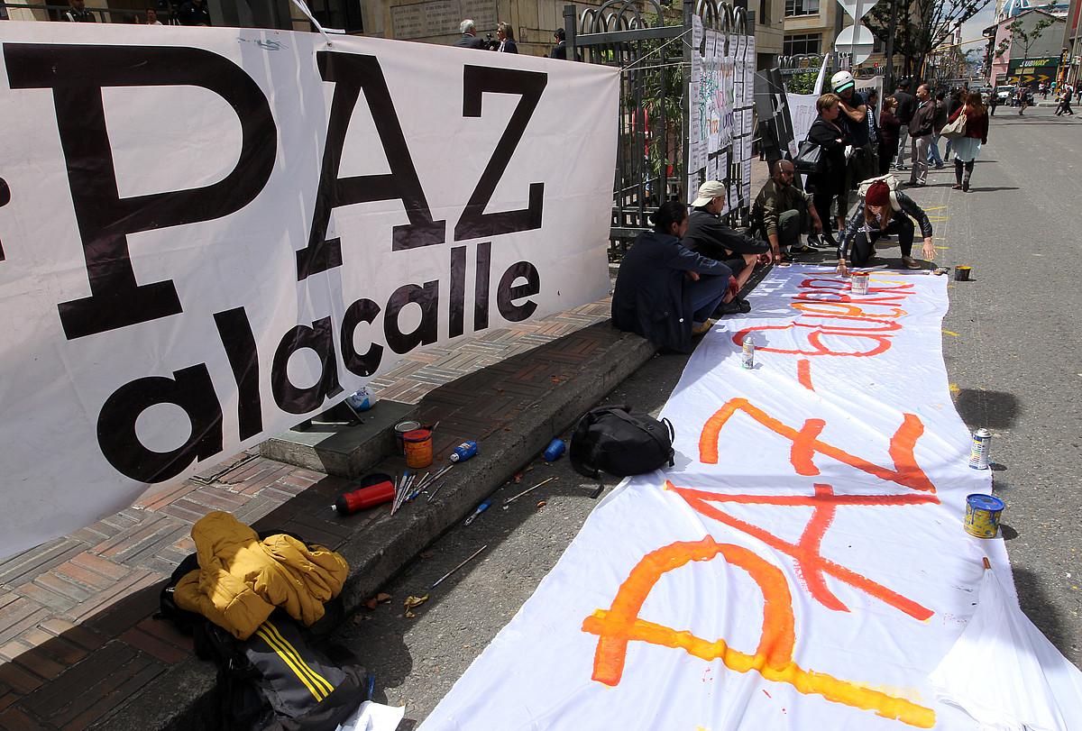 Bakearen aldeko protesta bat Bogotan, urte amaieran. ©MAURICIO DUEÑAS CASTAÑEDA / EFE