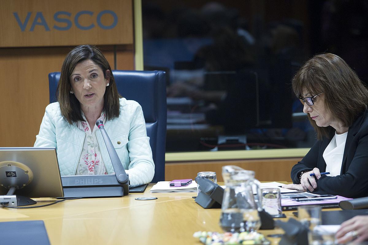 Beatriz Artolazabal, atzo, Eusko Legebiltzarrean, Gasteizen. ©EUSKO JAURLARITZA