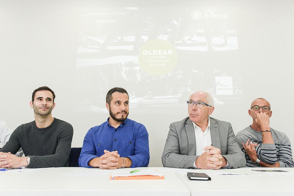 <b>Oldeak-en aurkezpenean Fabio Lopez, Mathieu Vivier, Jean Rene Etxegarai eta Thierry Malandain.</b>