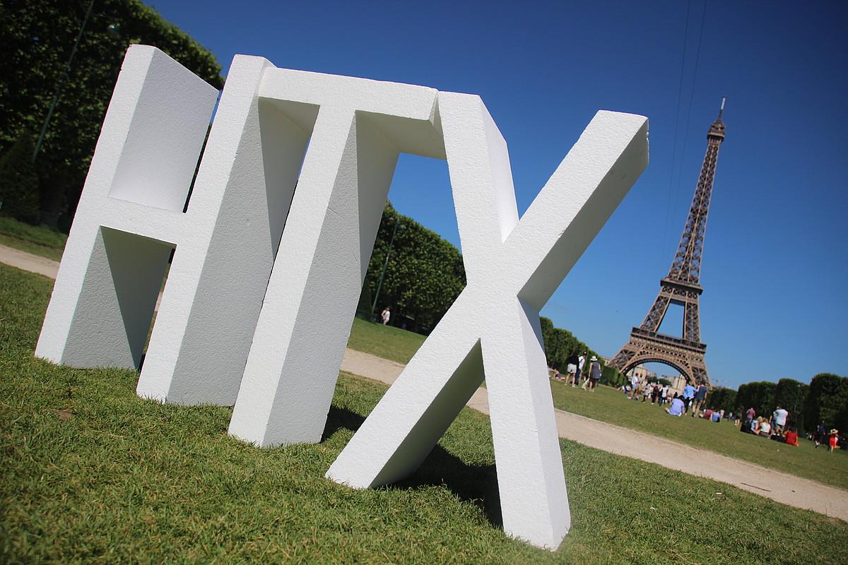 Parisko Eiffel dorreraino iritsi da 20. Hatortxu Rock aurkezteko komunikazio kanpaina. ©HATORTXU ROCK
