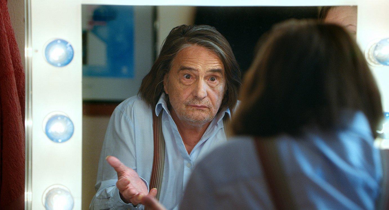 Jean-Peirre Leaud aktorea du protagonista Nobuhiro Suwaren <em>Le lion est mort ce soir</em> lanak. &copy;DONOSTIAKO ZINEMALDIA