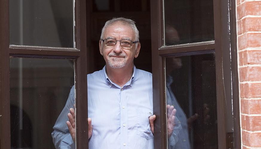 «Izaera ez da osatu behar biktimismoz, 'gaixoa ni' esanez»