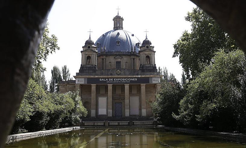 Iruñeko Erorien Monumentuko kripta ixtea zilegi jo du Nafarroako Auzitegi Nagusiak