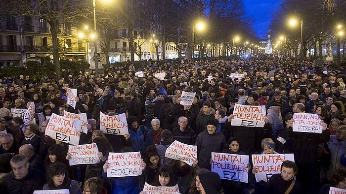 Altsasuko auzian espetxeratutakoen aldeko protesta