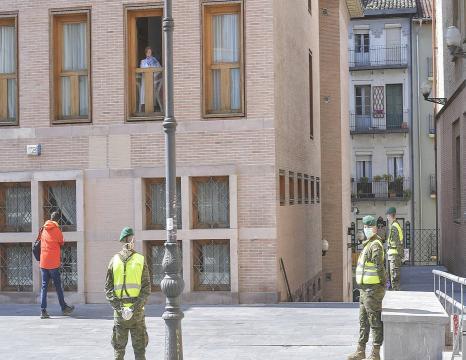 Espainiako armada Iruñean