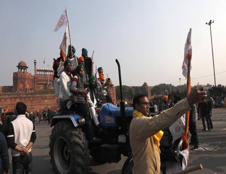 Istiluak Indiako nekazarien protestetan