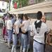 blusak_eta_neskak_amnistiaren_aldeko_bazkarian_2011_08_05