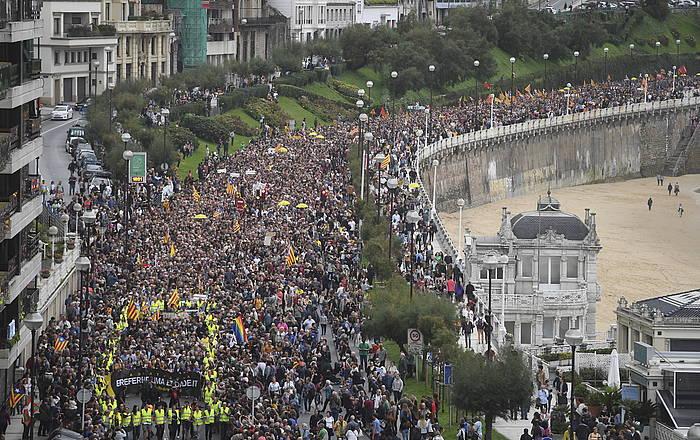 Gure Eskuren manifestazioa Kataluniako epaiaz