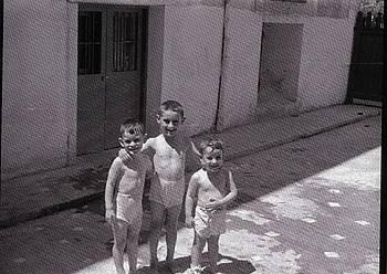 Joxemari Iturralde (erdian), Joseba Urteaga lehengusuarekin eta Martin anaiarekin