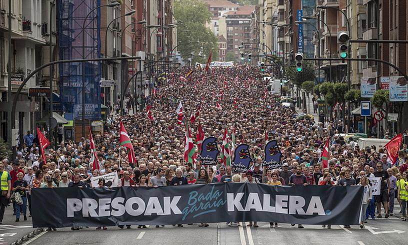 Euskal presoen eskubideen alde Kalera Kalerak deitutako manifestazioa, Bilbon