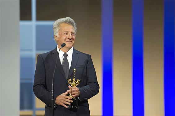 Dustin Hoffman, Donostia sariarekin bukaerako galan