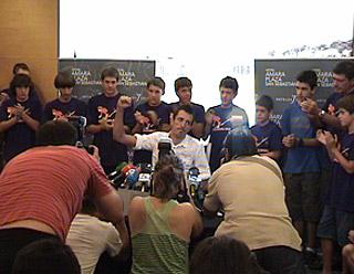 Mikel Astarloza gaur Donostian eskaini duen prentsaurrekoan.