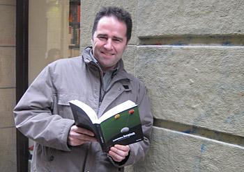 Imanol Murua Uria gaur Donostian, liburuaren aurkezpenean.