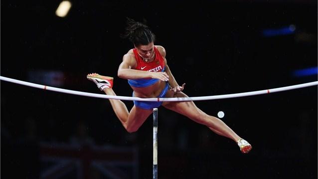 Jelena Isinbaieva, pertikako finalean.