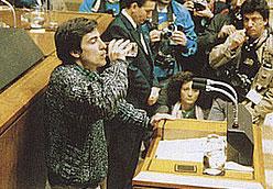 Ioldi 1987ko otsailean legebilzarrean.