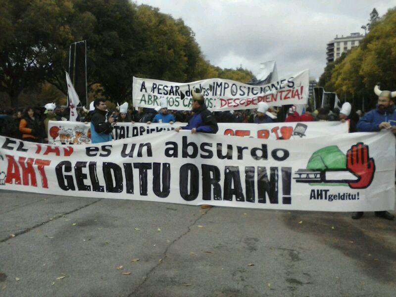Hilaren 7an egindako protesta bat, Iruñean.