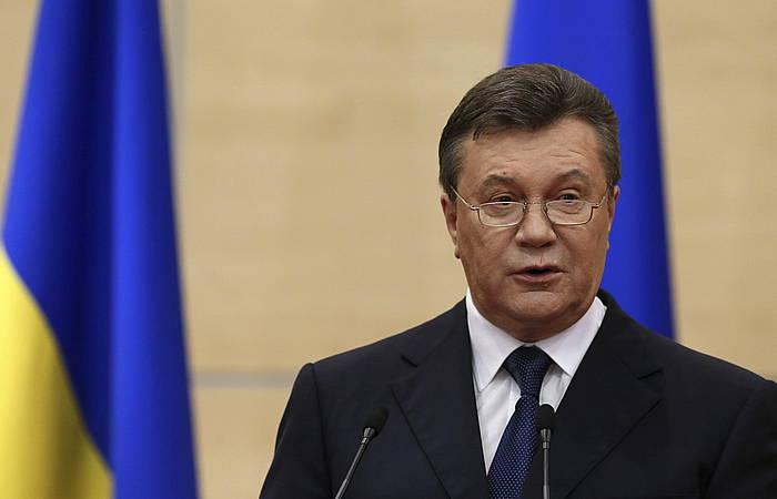 Janukovitxen agerraldia, Errusian.