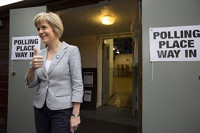 Nicola Sturgeon, Eskoziako erreferendumean botoa eman ondoren. /