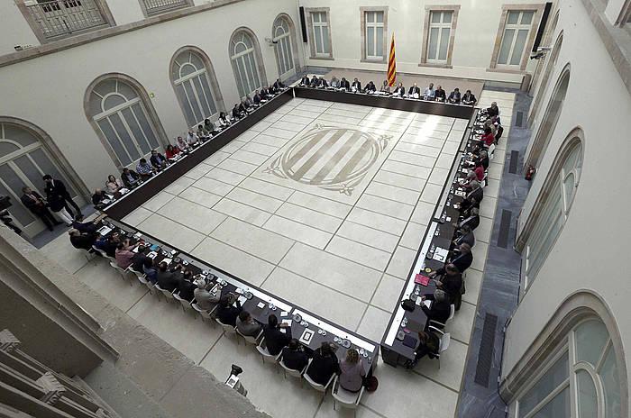 Erabakitzeko Eskubidearen Itun Nazionalak urriaren 24an eginiko bilera.