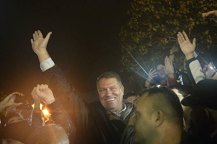 Klaus Iohannis garaile izan da Errumaniako presidentetzarako hauteskundeetan. /