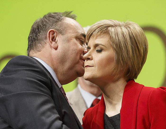 Nicola Sturgeon, Alex Salmondekin. /