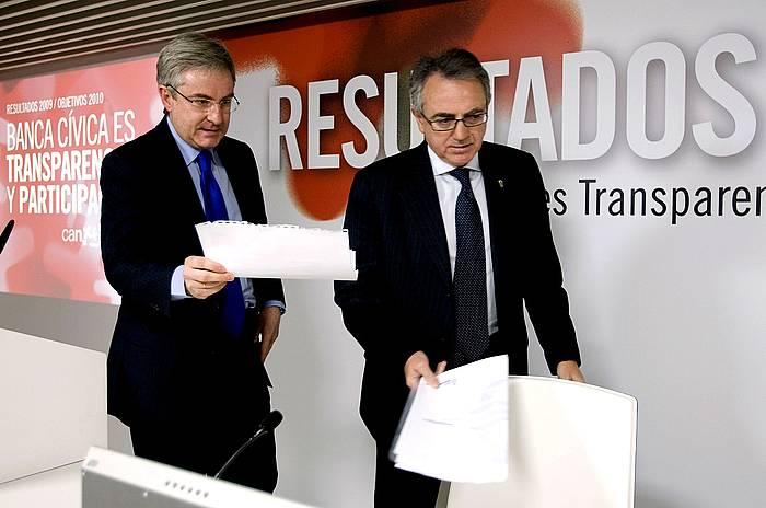 Enrique Goñi eta Miguel Sanz, artxiboko irudi batean. /
