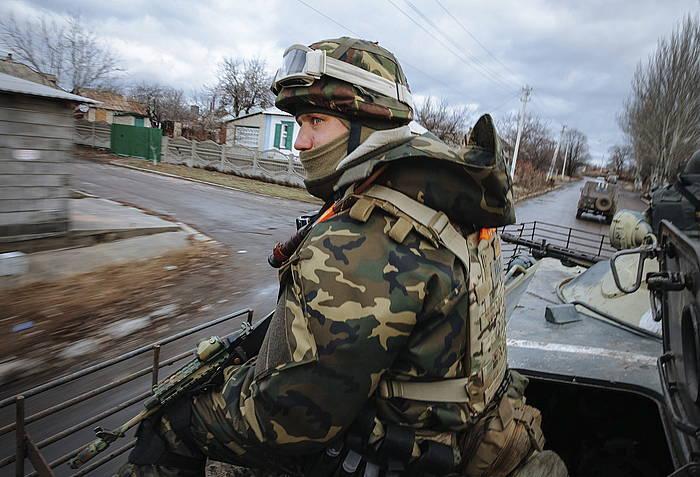 Soldadu bat, Ukraina ekialdean. /