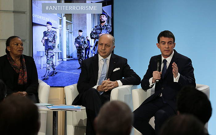 Frantziako Justizia ministro Christiane Taubira, Atzerri ministro Laurent Fabius eta Manuel Valls lehen ministroa.