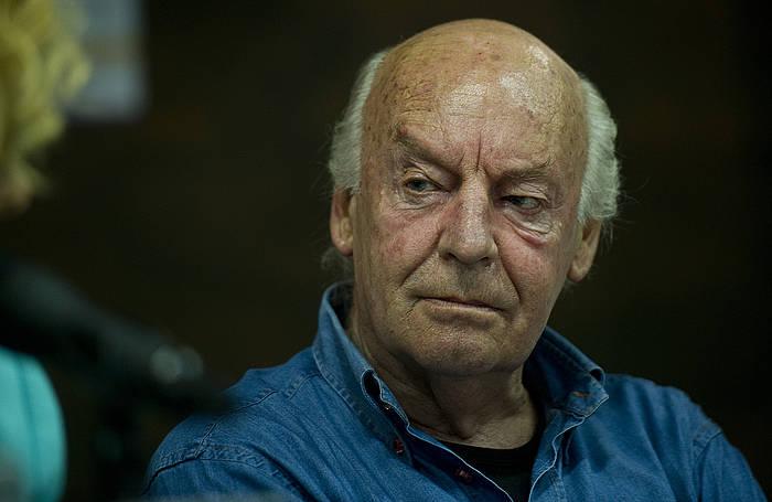 Eduardo Galeano 2012an Bilboko Liburu Azokan, Kritikaren saria jaso zuenean. /